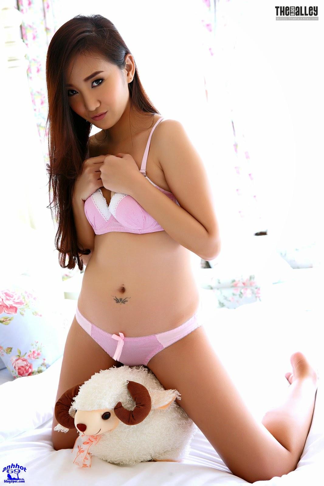 lolita-cheng-64-042