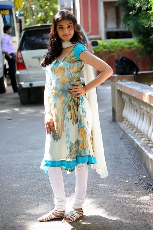 Kajal Agarwal Cute Salwar Kameez Pictures | Kajal Aggarwal ...