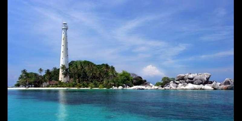 9 TEMPAT ROMANTIS Sepanjang Masa di Indonesia - Pulau Belitung