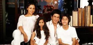 foto shahrukh khan dan keluarga