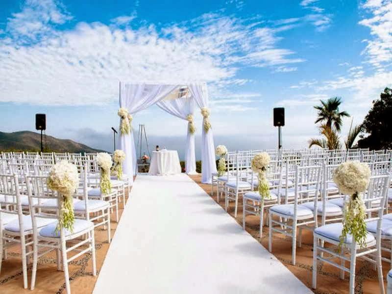 http://divinedesignplanning.com.au/beach-wedding/