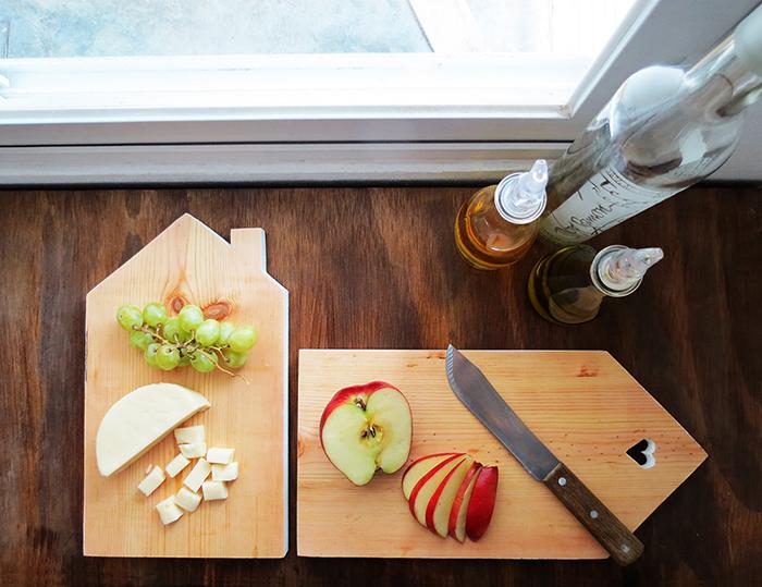 DIY house shaped cutting board