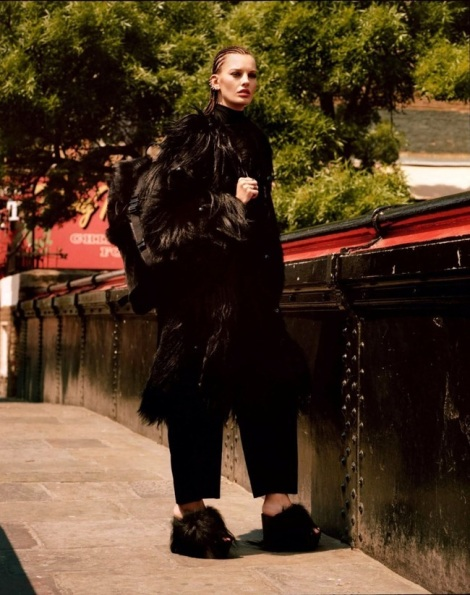 Amanda Murphy by Alasdair McLellan for Vogue Paris