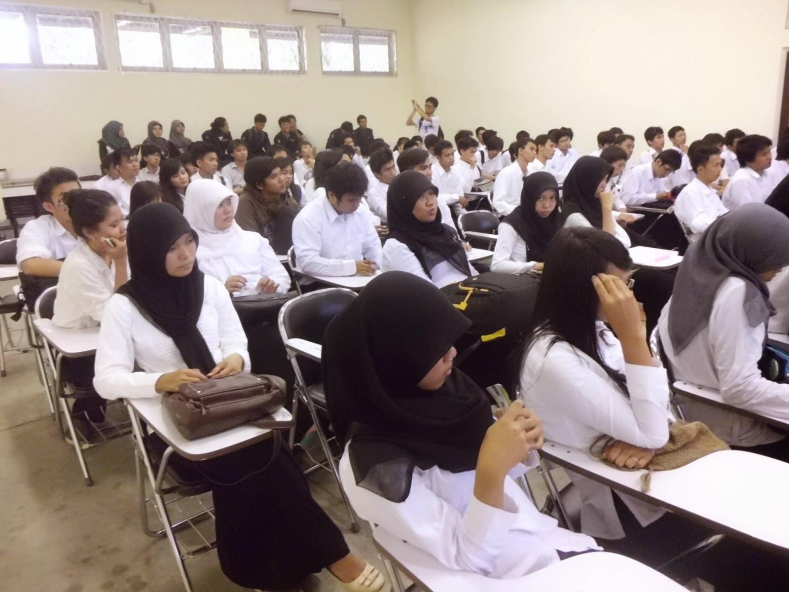 "<img src=""Image URL"" title=""Test Seleksi kaywan baru"" alt=""psikotest""/>"