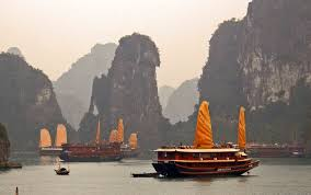 cruises halong bay