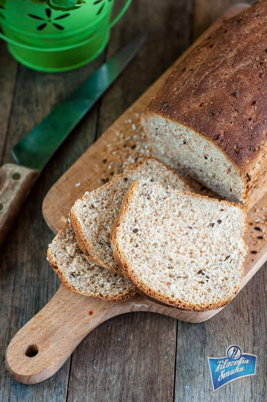 Razowy chleb tostowy