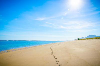 Pantai di sumbawa barat