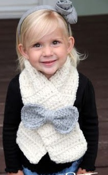 Easy Beginner Chunky Crochet Bow Toddler Scarf