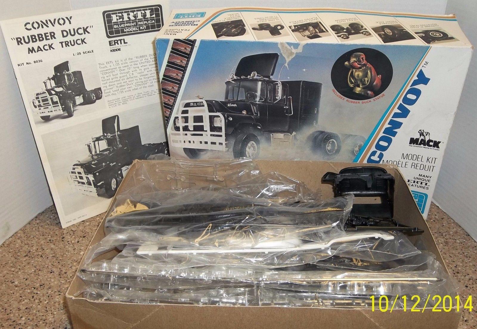 Mack Truck Model Kits : Dartpol convoy mack plastic model kit