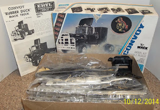 Convoy Rubber Duck Mack Truck model kit