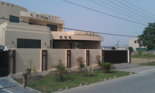 Pakistan Modern Homes Front Designs.
