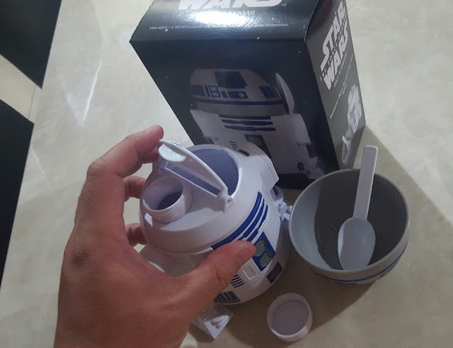 STAR WARS R2D2 Cereal and Milk Container