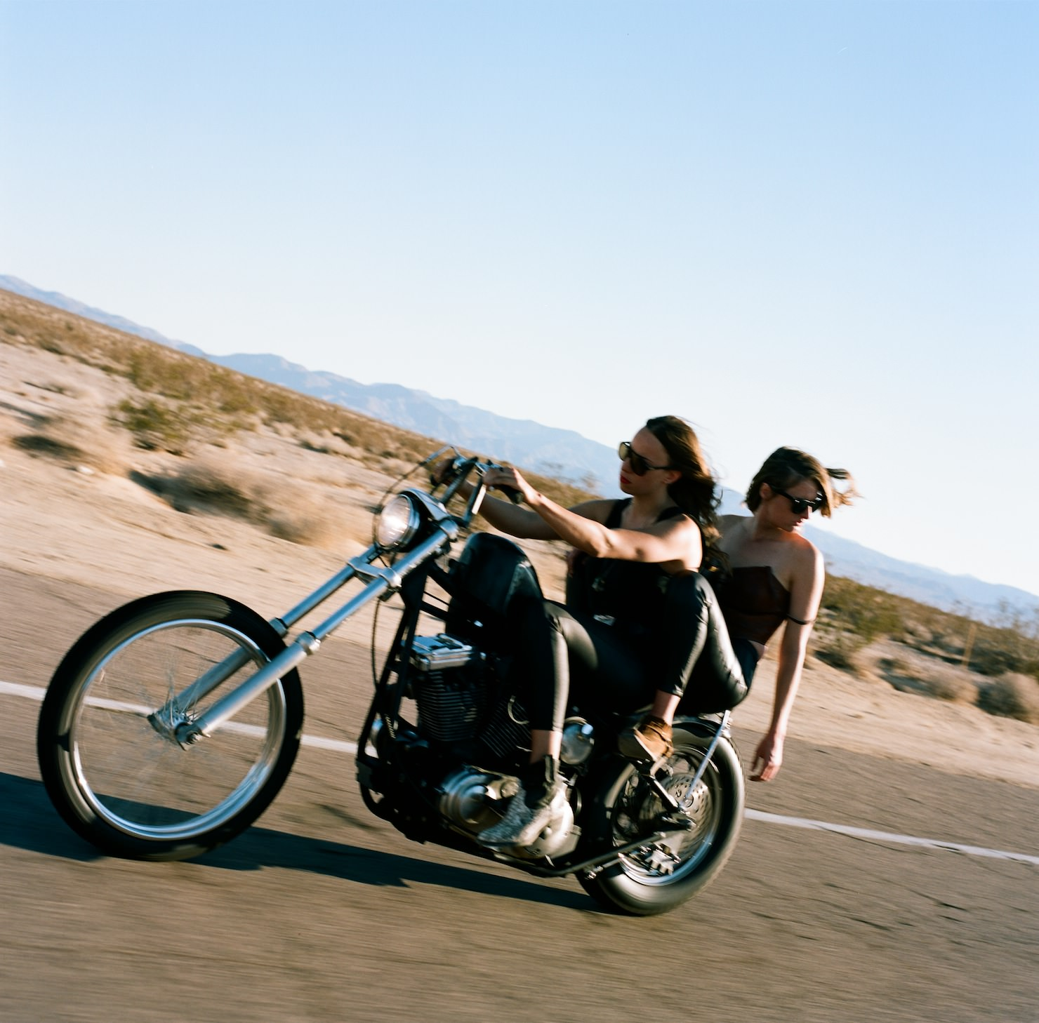 harley online dating Bikerkisscom is the first and largest biker dating site for biker singles, biker girls, biker boys, biker woman, biker guys, biker babes, biker chicks and all riders of harley-davidson, yamaha, honda, ducati, kawasaki, suzuki, gold wing, bmw, triumph, bsa, indian motorcycles, choppers.