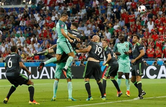 Poder de Elevação e Capacidade Física do Super Atleta Cristiano Ronaldo - CR7
