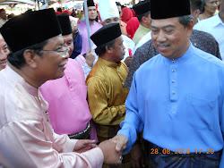 Bersama bersalaman dengan TPM