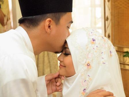 love can be nurtured, dena bahrin marriage, love tips
