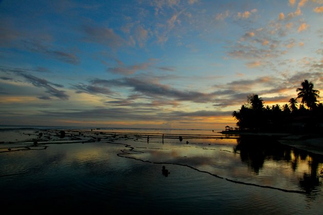 Lagundri beach best surfing spots in Indonesia