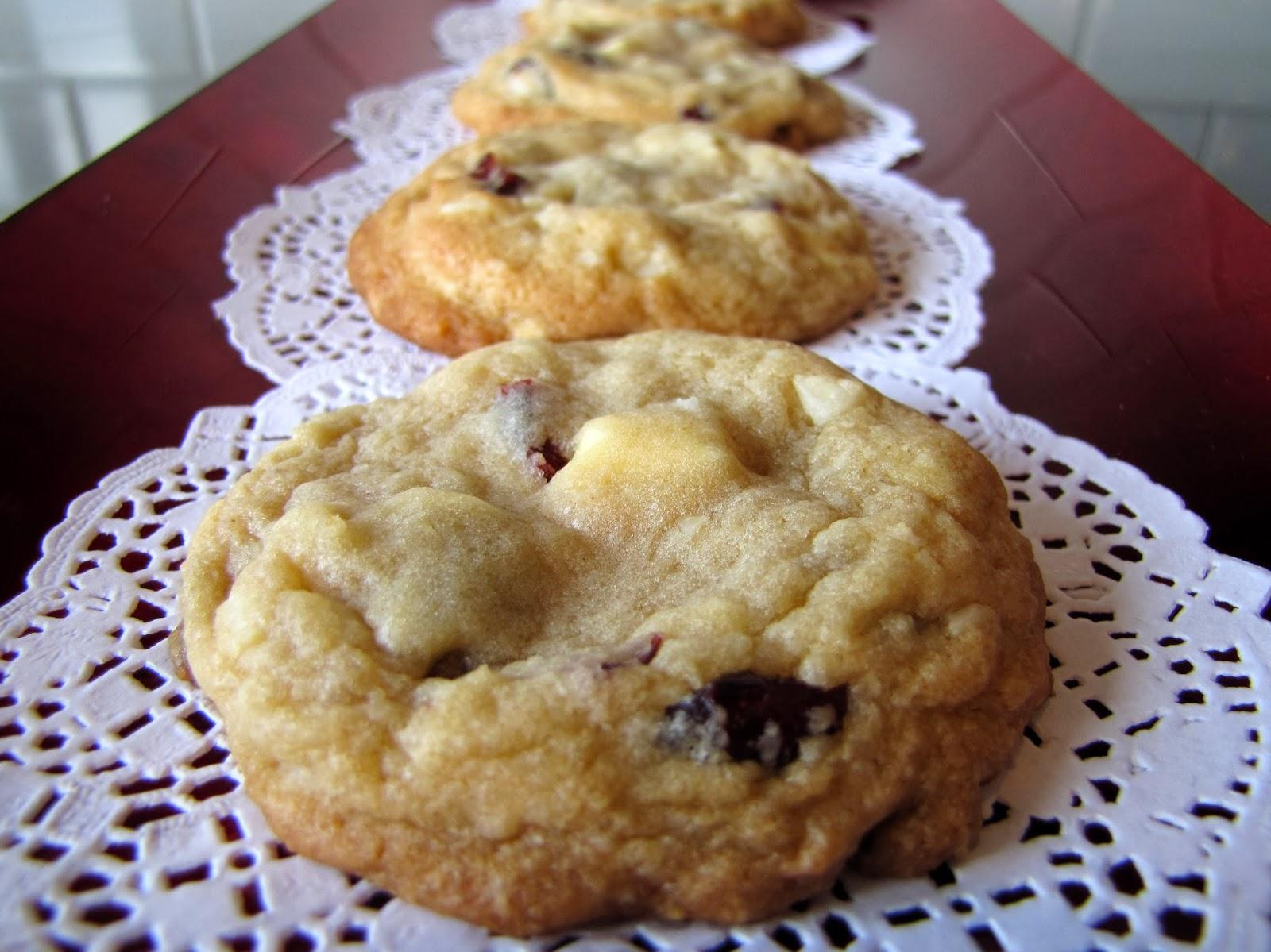 Mennonite Girls Can Cook: White Chocolate Macadamia Nut Cookies