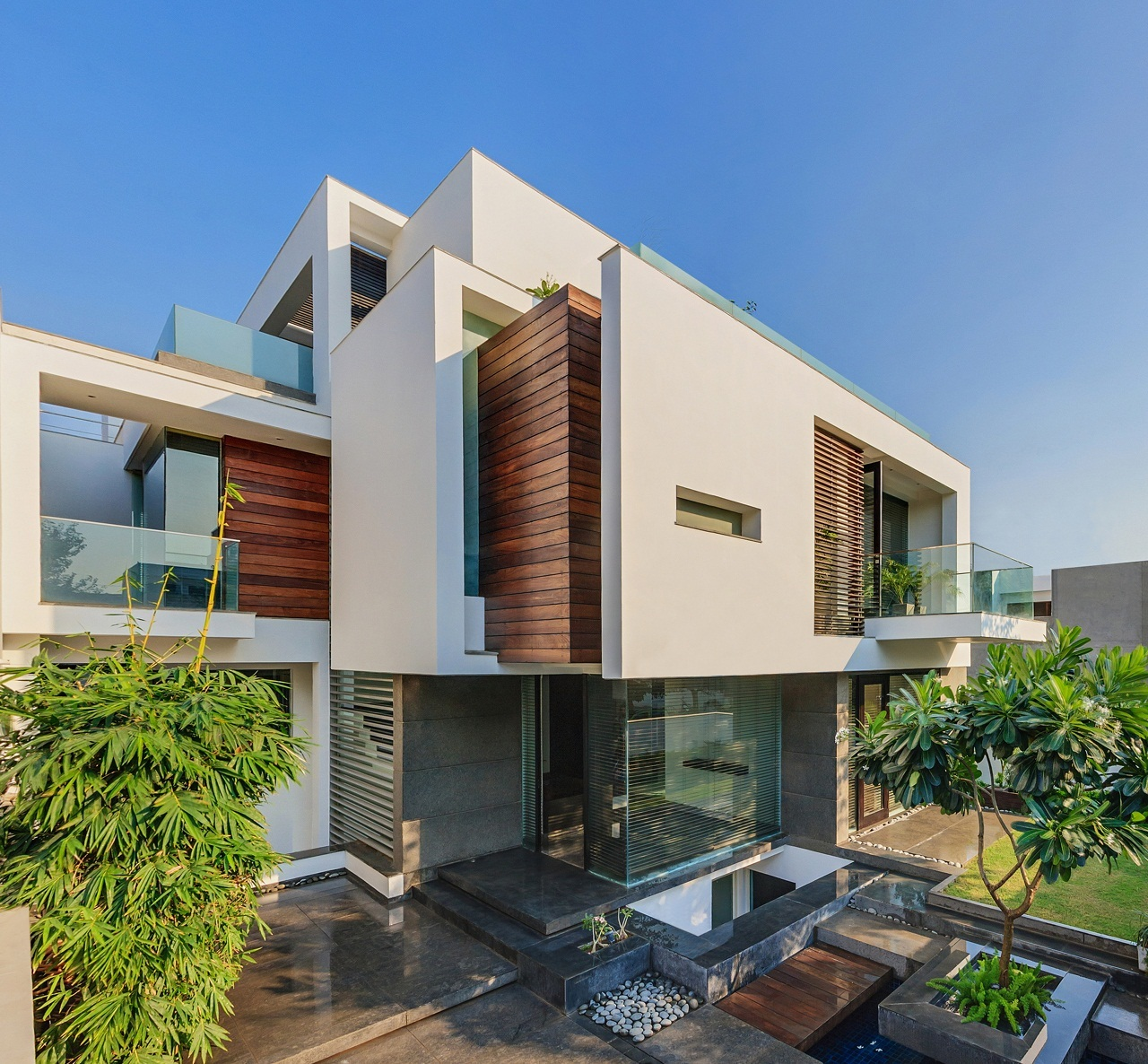 Asian Dream Home With Perfect Modern Interiors, New Delhi, India