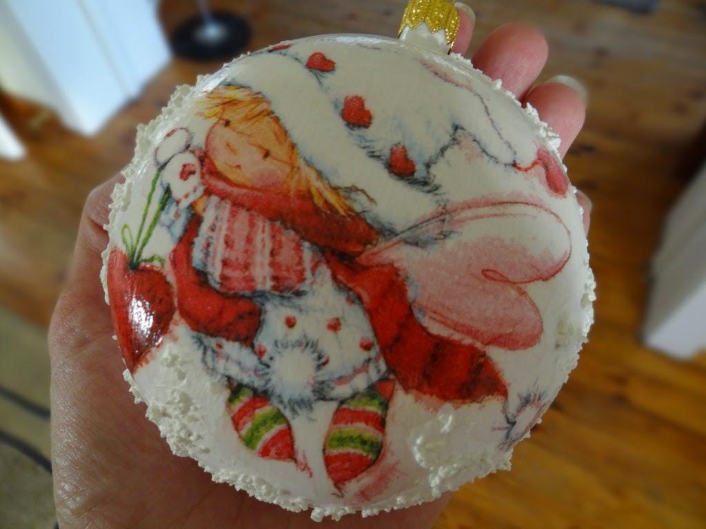 bombka decoupage ze śniegiem, Boże Narodzenie, dekoracje
