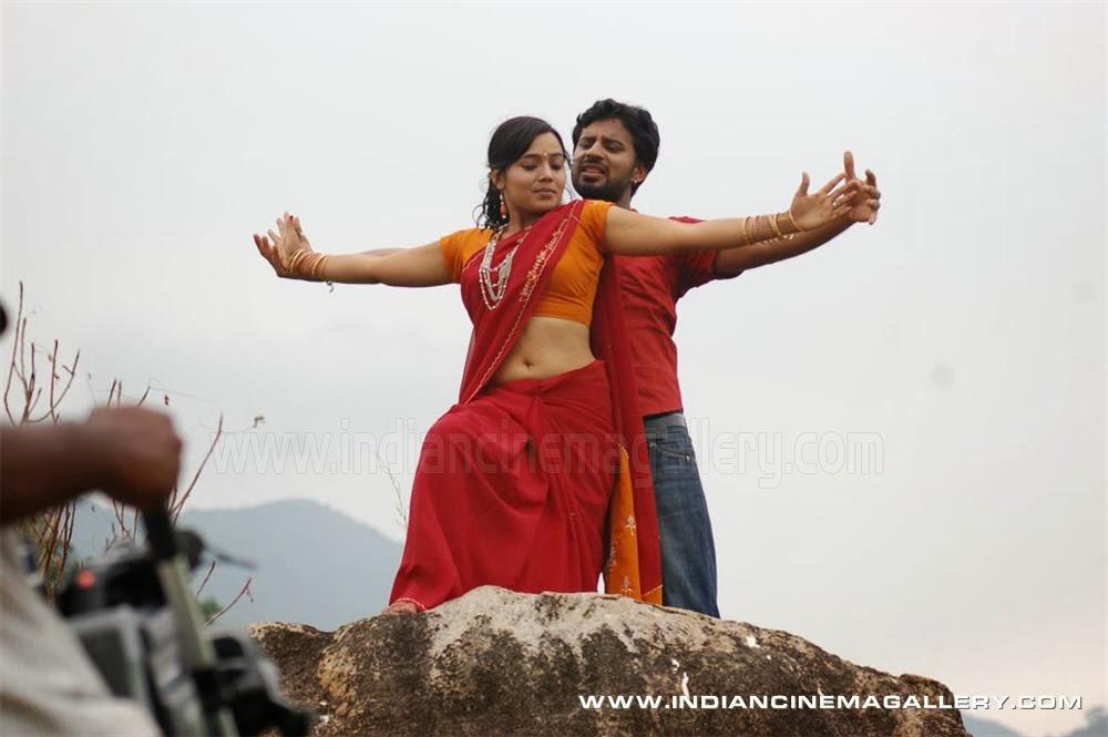 dressing below navel saree neenu karthika navel stills