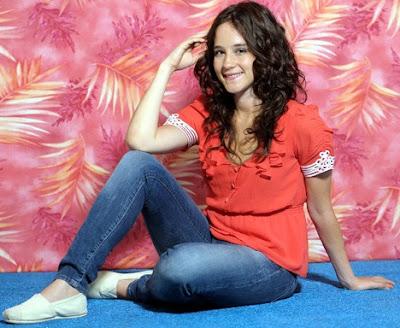Ximena Sariñana posando en sesión de foto