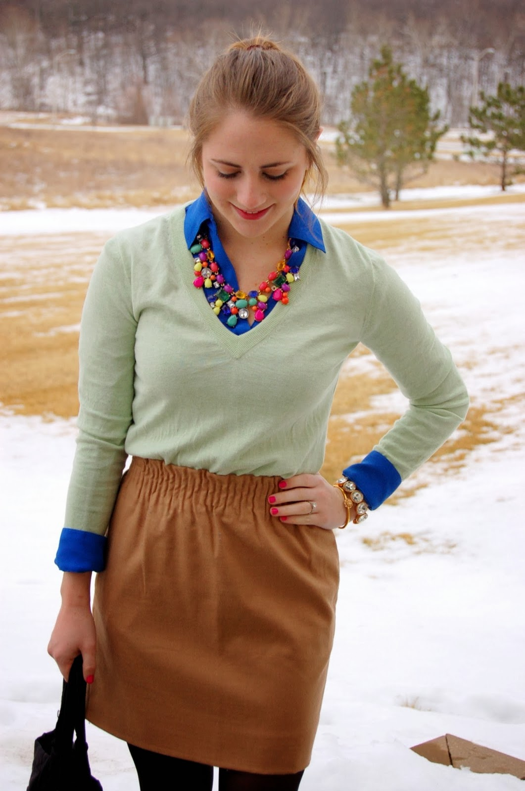 outfits with bright colors for the winter