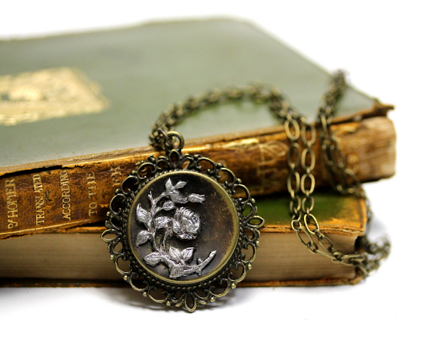 Beautiful Edwardian Necklace #antique #jewelry #edwardian #rose