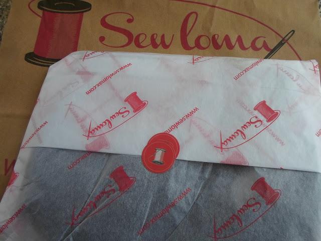 sewlomax make up bag