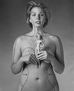 Mujeres víctimas de la belleza