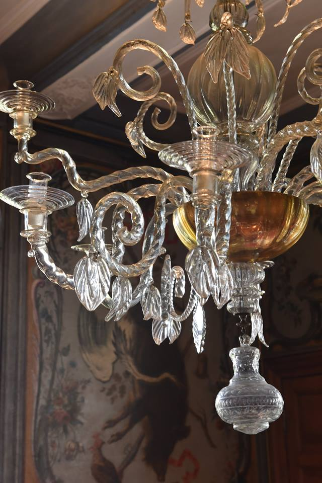 The beauty of crystal chandeliers belgian pearls the beauty of crystal chandeliers aloadofball Images