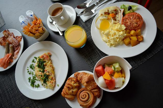 завтрак в отеле Рэдиссон резорт Завидово
