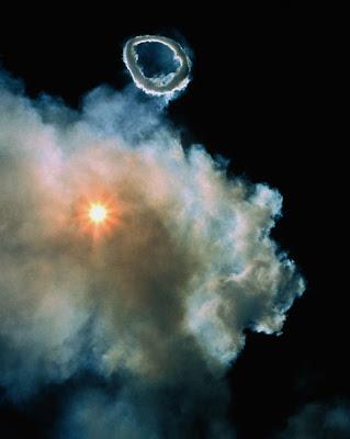 anillo en las nubes