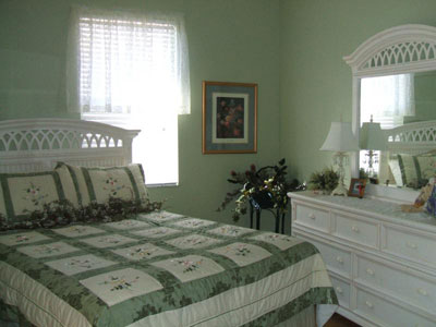 Bedroom on House Paint Colors   Popular Home Interior   Design Sponge