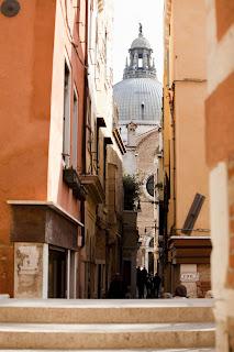 Venecia y sus calles estrechas