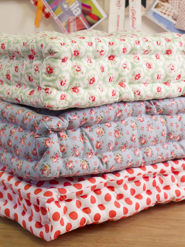 DIY Easy Boxy Floor Cushions School of Decorating by Jackie