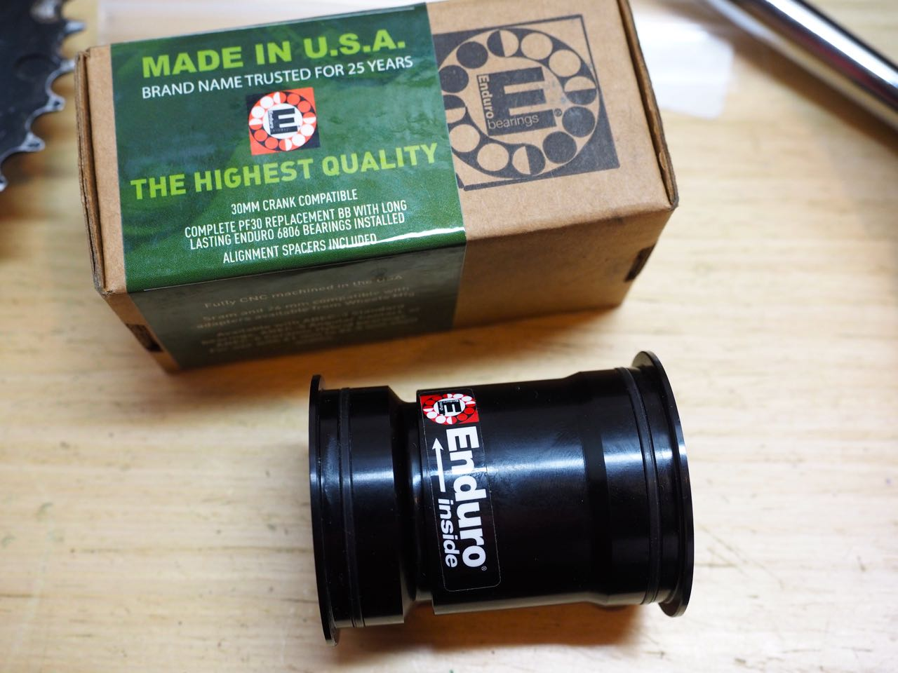 how to take out pf 30 bottom bracket