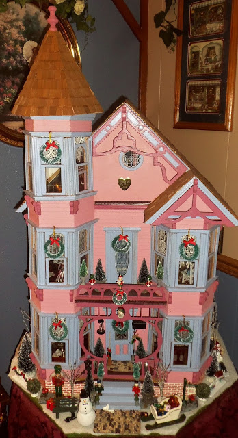 Christmas Doll House, Christmas Home Tour, 2017