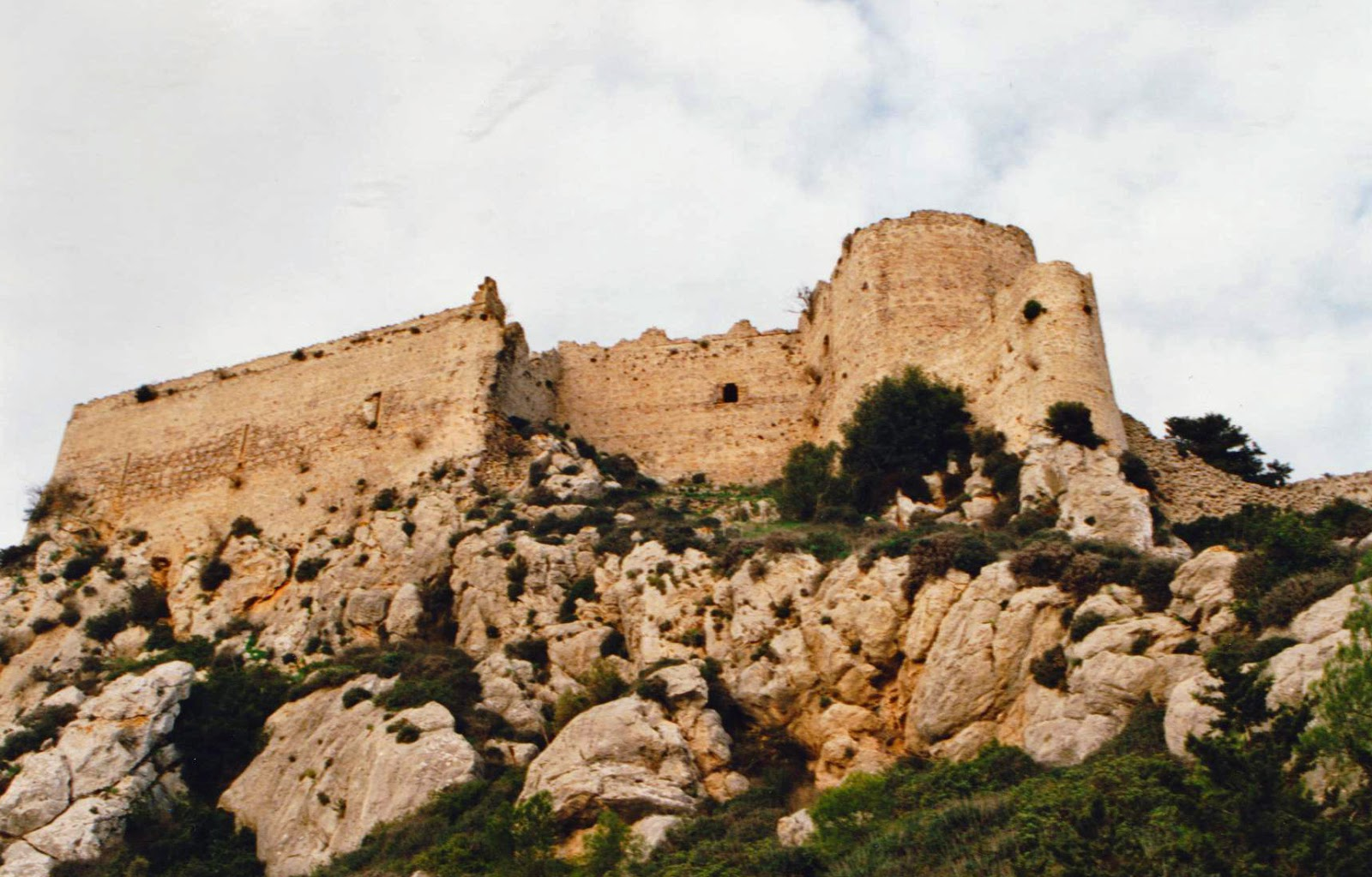 Defending the Crusader Kingdoms: Crusader Castles