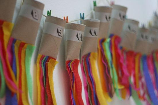 Revista padres 7 manualidades con rollos de papel higi nico - Decoracion con rollos de papel higienico ...