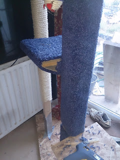 DIY cat tree scratcher scratching post platform climbing carpet homemade handmade