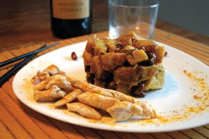 Straccetti di pollo speziati con patate dolci e frutta secca