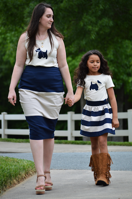 Rhianna's Studio Mommy Daughter navy and cream look graphic tee