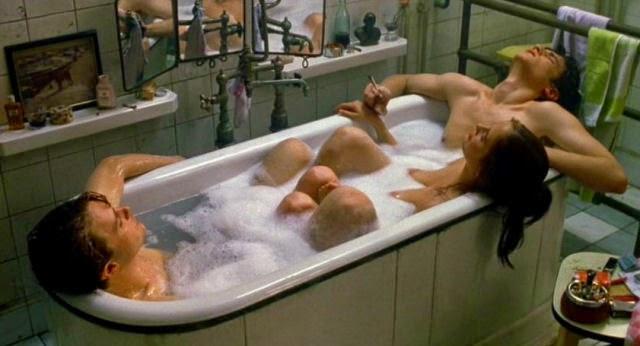 Michael Pitt, Eva Green et Louis Garrel dans The Dreamers, de Bernardo Bertolucci (2002)