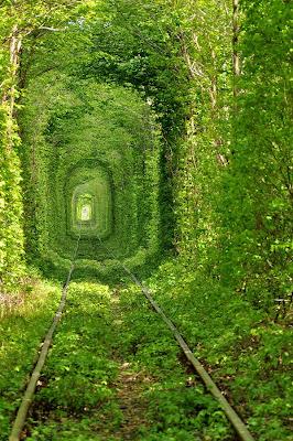 Tunnel-of-Love-Kleven-Ukraine