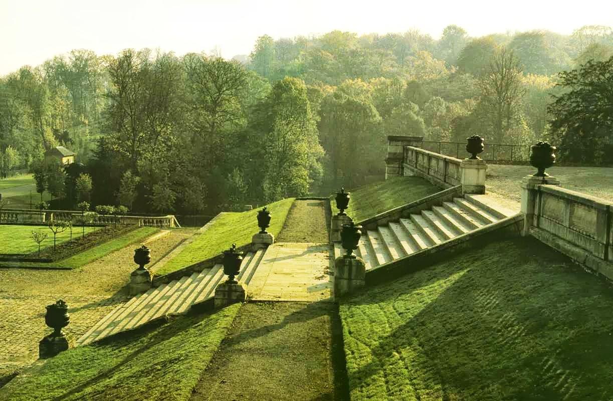 Amazing terraced landscape in paris content in a cottage for Terrace landscape design