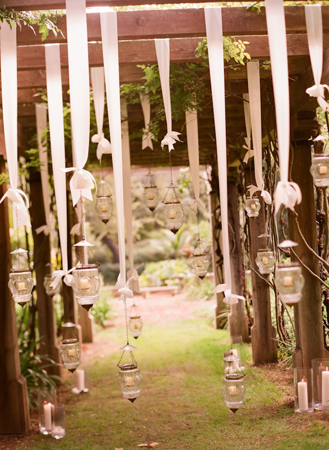 Hanging wedding decorations part 3 belle the magazine for Jardin 0 l4anglaise