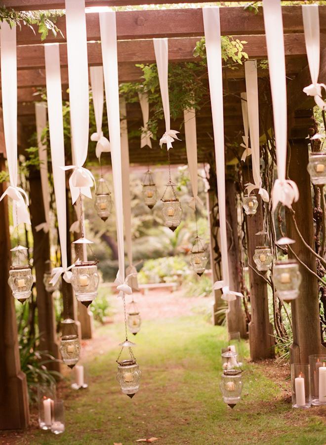 hanging wedding decorations part 3 belle the magazine. Black Bedroom Furniture Sets. Home Design Ideas