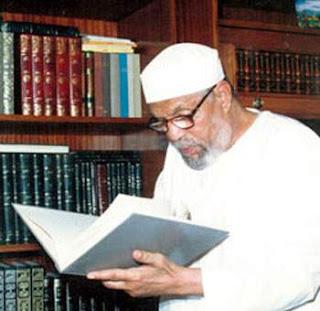 هل تعرف السبب الذى جعل الشيخ الشعراوي ينظف حمامات المسجد بالكامل !!!