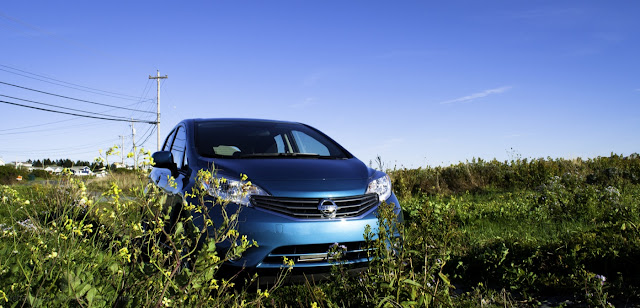 2014 Nissan Versa Note front angle